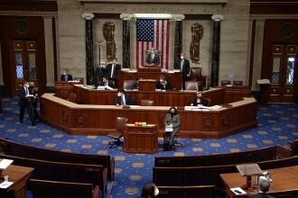 Donald Trump, pus sub acuzare de Camera Reprezentanţilor. Decizia privind destituirea va fi luată de Senat