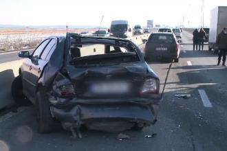 Carambol cu patru mașini pe DN1, în dreptul localității Băicoi. O persoană a fost rănită