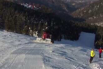Straja, stațiunea unde se poate schia pe un munte întreg. Este plină de turiști în aceste zile