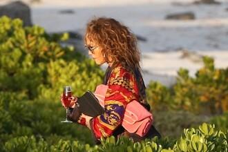Jennifer Lopez a întors toate privirile pe plajă. Ipostaza inedită în care a apărut vedeta. GALERIE FOTO