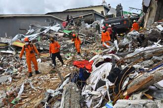 Bilanţul seismului de vineri din Indonezia a crescut la 78 de victime