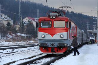 Circulaţia mai multor trenuri, suspendată miercuri şi joi, în urma avertizărilor meteo