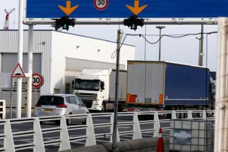 Un șofer român de TIR a crezut că nimeni nu va vedea ce transportă. A luat amendă 3,8 milioane €