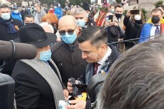 Primarul Chirica, stropit de un protestatar cu iaurt la manifestările din Piaţa Unirii