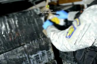 Urmărire cu focuri de armă în Maramureș pentru prinderea unor contrabandiști de țigări. Unul a fost împușcat