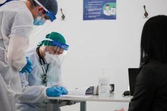 Șeful singurului centru de vaccinare din Rădăuți, amendat pentru că a imunizat preferențial peste 560 de persoane