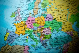 Călătoriile neesenţiale în Cehia, interzise începând de sâmbătă. Până când este valabilă interdicția