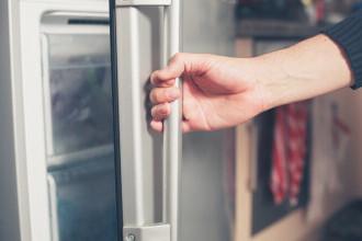 Motivul tulburător pentru care o femeie a păstrat trupul mamei sale în congelator timp de 10 ani