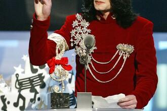Expozitie cu obiecte personale ale lui Michael Jackson, la Londra
