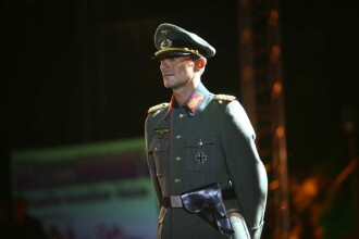 Basescu despre Mazare in uniforma nazista: Teribilism de prost gust!