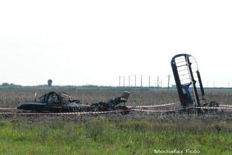 Comandantul scolii de aviatie de la Boboc a murit in accidentul aviatic