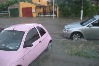 Rupere de nori la Oradea. Cateva strazi au fost inundate