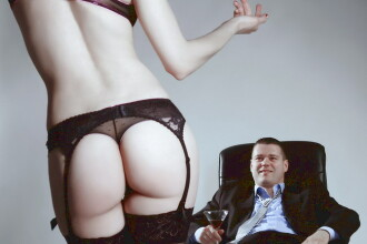 Sex cu seful – ce ascunde aceasta fantezie?