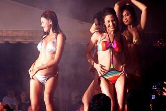 Noapte fierbinte la Bikini Party, in Mamaia. Fetele au facut un show nebun