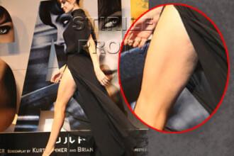 Imagini rare! Angelina Jolie are celulita!