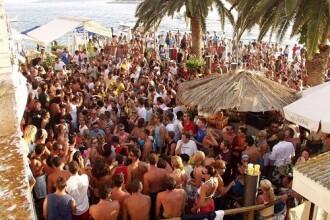 FOTO / Ai chef de distractie vara asta? Aici sunt cele mai NEBUNE petreceri din Europa