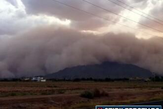 Tunete si fulgere apocaliptice in Phoenix. Localnicii au crezut ca vine sfarsitul lumii