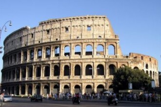 """Echipa de salvare"" a Europei nu face fata unei crize in Italia. 13 semne ca Roma ii urmeaza Atenei"