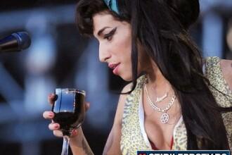Rezultatele anchetei schimba tot ce stiam despre moartea lui Amy Winehouse. Nu drogurile au ucis-o