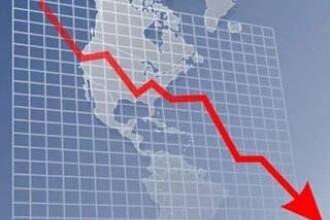 Prognoza de crestere economica a Romaniei a fost redusa drastic. Boc nu exclude o noua recesiune