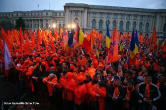 PDL organizeaza un miting anti-USL, joi, la ora 18.00, in Piata Revolutiei. Vezi replica lui Ponta