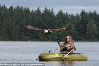 Captura nemaivazuta pentru un barbat din America aflat la pescuit. Ce a vazut cand a scos pestele