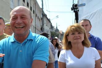 Imbranceli la mitingul PDL din Iasi. Basescu a venit alaturi de Mihai Razvan Ungureanu