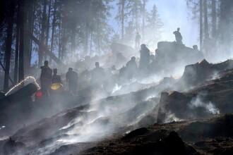 Incendiul din Bucegi se poate extinde spre Parcul National.Cele doua elicoptere cu apa sunt stricate
