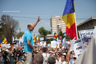Basescu: Singurul lucru important e cati stau acasa si cati voteaza