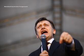 Crin Antonescu: In fond, Traian Basescu a fost demis, in forma, asteptam verdictul CCR