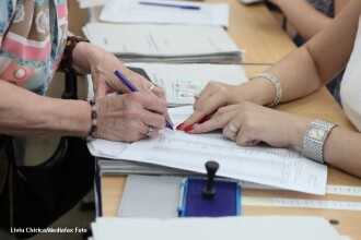 Cei 80 de candidati ARD si USL in Bucuresti au 113 apartamente si 75 de case