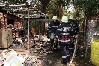 Pericol de explozie intr-o gospodarie din Ghiroda, dupa ce un incendiu a izbucnit la o anexa