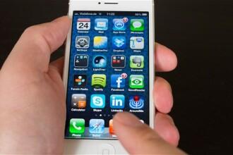 O femeie a fost spitalizata dupa ce a primit un soc electric din partea iPhone-ului sau