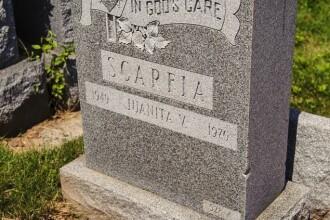 Ce a gasit familia in mormantul unei femei moarte de 43 de ani.