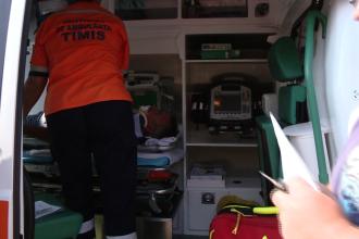 O femeie de 33 de ani din Bistrita a cazut in gol de la etajul unu al blocului unde locuia
