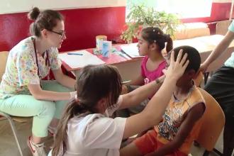 Locuitorii unui sat din Covasna au mers pentru prima data la medic,cu ajutorul unui proiect OvidiuRo