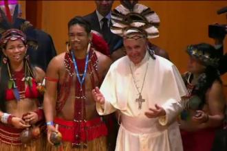 Papa, primit cu cel mai mare flashmob din istorie. Vizita in Brazilia e ca un