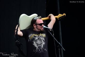 Bucurestenii de la Goodbye To Gravity canta in deschiderea concertului Arch Enemy