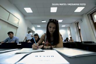 Universitatile private au inceput batalia pentru studenti. De la