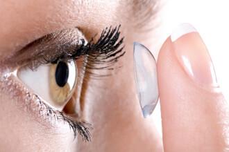 Google s-a aliat cu Novartis pentru dezvoltarea de lentile de contact inteligente, care monitorizeaza sanatatea purtatorilor