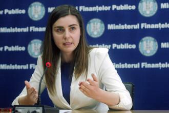 Ce salariu are Ministrul Finantelor, Ioana Petrescu. Unul din cinci angajati la Finante castiga mai mult decat ea