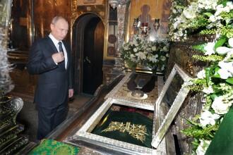 La cateva zile dupa tragedia din Ucraina, Putin s-a inchinat la biserica. Lideri mondiali: Nu se poate spala pe maini de vina