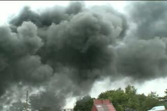 Incendiul de la fabrica de parafina si lumanari din Ilfov a fost stins. Pompierii au intervenit cu cinci autospeciale