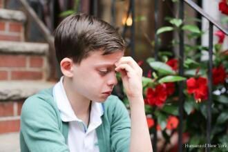A fost surprins pe strazile din New York, iar ce i-a spus fotografului a devenit viral. Ce vedete au sarit sa-l sustina