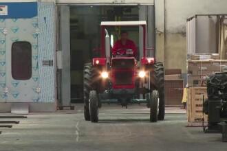 Vechiul tractor romanesc ajunge din nou la export. Cat costa in Egipt modelul care merge si