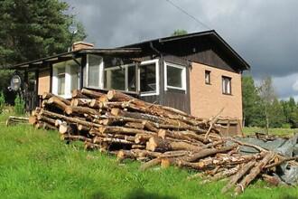 Nimeni nu vrea sa cumpere aceasta casa din cauza numelui localitatii in care se afla. Cum se numeste satul