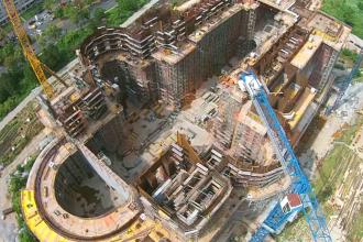 Santierul pe care e ridicata Catedrala Manturii Neamului, filmat cu o drona. Cum arata lucrarile, vazute de sus. VIDEO