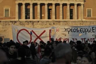 Parlamentul grec a aprobat al doilea pachet de masuri de austeritate. Chiar si Yanis Varoufakis a votat