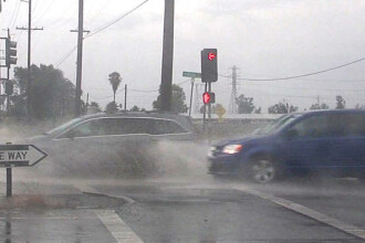 Imaginea surprinsa parca din filmele apocaliptice in California. Ce s-a intamplat in cel mai ploios iulie din istorie