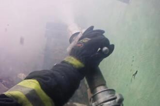 Cum se vede un incendiu prin ochii unui pompier. Filmarea spectaculoasa realizata de un salvator din Moldova